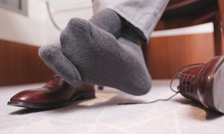 เข้าสู่หน้าฝนแล้ว 7 วิธีกำจัดกลิ่นเท้าแบบง่ายๆ