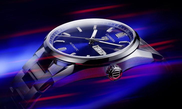 "TAG Heuer เผยโฉม Carrera Three Hands นาฬิกาคู่ใจเรือนใหม่ของ ""ไรอัน กอสลิ่ง"""