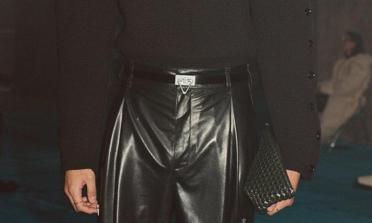 The Structure Clutch กระเป๋าหนังสานซิกเนเจอร์จาก Bottega Veneta