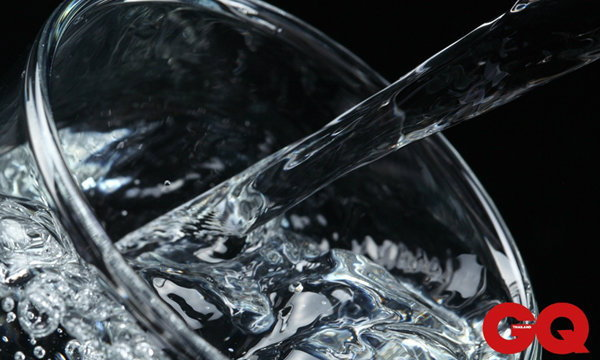 6 ความเสี่ยงจากน้ำดื่มที่คุณอาจยังไม่รู้