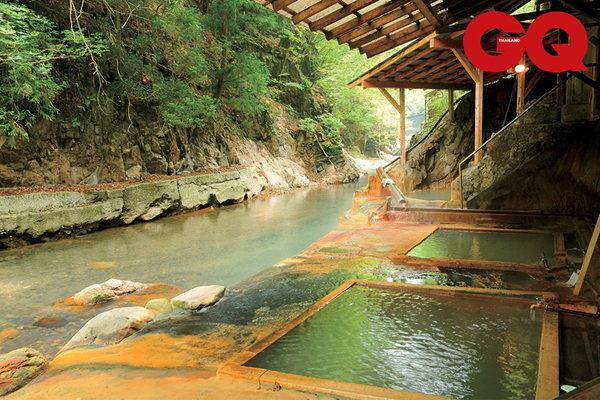 10 สุดยอดบ่อน้ำพุร้อนที่ควรหย่อนกาย
