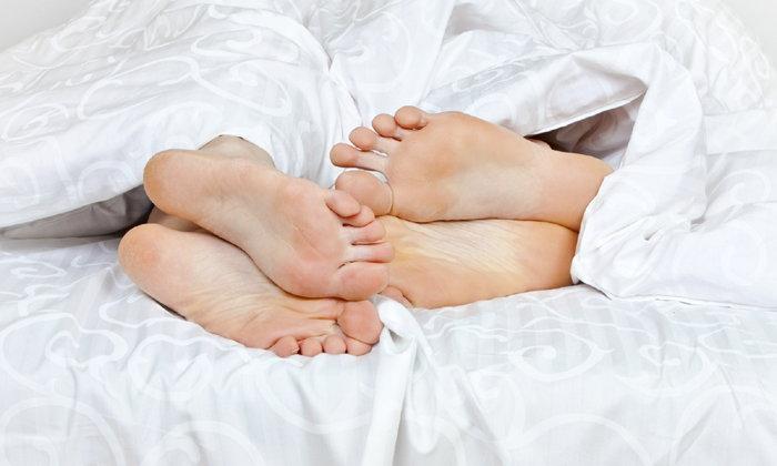 6 ข้อดีของการนอนแก้ผ้า