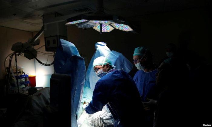 แพทย์อังกฤษใช้วิธีฉายแสงแบบใหม่รักษา 'มะเร็งต่อมลูกหมาก' ระยะเริ่มแรก
