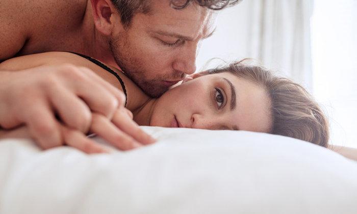 รู้หรือไม่ คบหากันนานๆ ส่งผลให้ผู้หญิงเบื่อการมีเซ็กซ์ได้!
