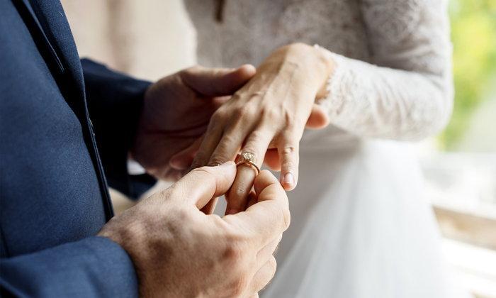 6 ขั้นตอนเลือกเเหวนเเต่งงานให้โดนใจสาว ในงบประมาณที่กำหนด
