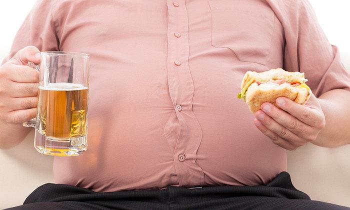 เลิก 8 นิสัยเหล่านี้ซะ ถ้าไม่อยากอ้วน