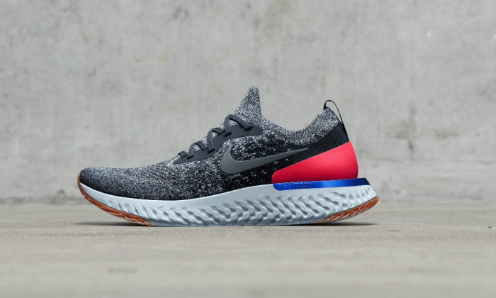 Nike Epic React Flyknit รองเท้าวิ่งที่ นุ่ม เด้ง เบา และทนทาน