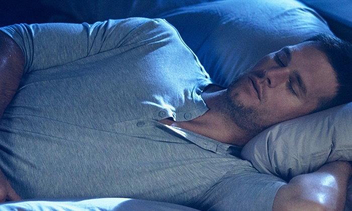 """Under Armour พัฒนาชุดนอนสำหรับนักกีฬา ได้ """"ทอม เบรดี้"""" ร่วมออกแบบ"""