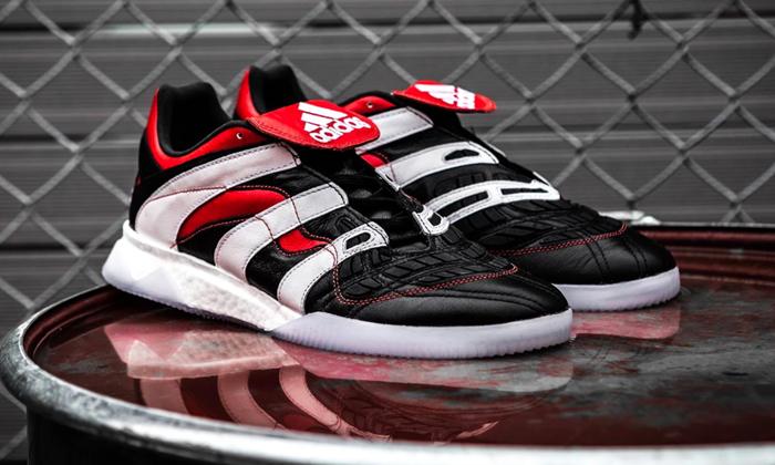 "adidas Predator Accelerator ""Core Black"" รองเท้าแรงบันดาลใจจากปลายสตั๊ด"