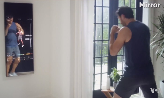 กระจกสามมิติอัจฉริยะ แรงบันดาลใจใหม่ในการออกกำลังกาย
