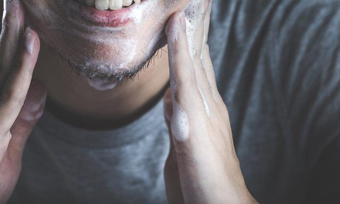 5 โฟมล้างหน้าสูตรอ่อนโยน สำหรับผู้ชายผิวแพ้ง่าย