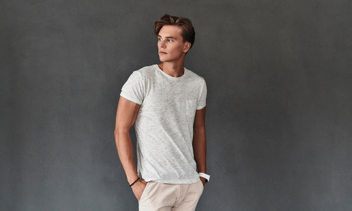 5 วิธีการเลือกใส่เสื้อยืดให้เหมาะกับตนเอง