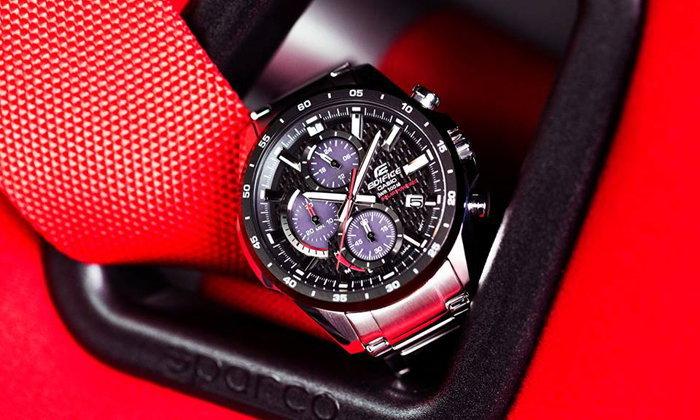 EDIFICE EQS-900 Series นาฬิกาโครโนกราฟพลังงานแสงอาทิตย์