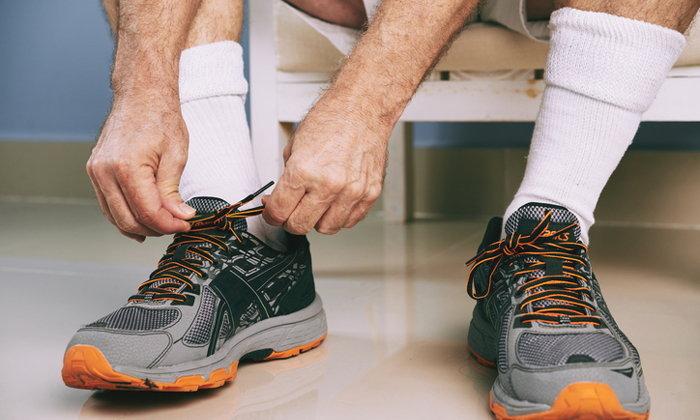 5 เคล็ด(ไม่)ลับ ขจัดกลิ่นอับในรองเท้าผ้าใบ