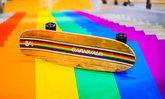 CARNIVAL® x Sunova ออกแบบ Surfskate รุ่นพิเศษมีเพียงชิ้นเดียวในโลก