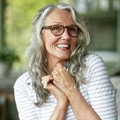 10. ซินดี้ โจเซฟ ถึงจะอายุ 61 ปีแล้ว แต่ก็ยังมีหนุ่มสาวมากมายที่ติดตามบล็อกวิดีโอสอนออกกำลังกายของเธอ