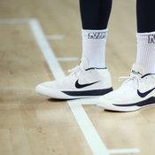 รองเท้าบาสเก็ตบอล โคบี ไบรอันท์