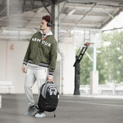 der Armour Be Seen Exclusive Collection