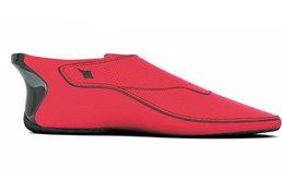 รองเท้าสุดไฮเทค สามารถบอกทิศทางได้