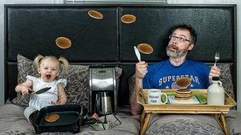 สุดเจ๋ง!! ภาพพ่อลูกที่จะทำให้คุณยิ้มไม่รู้ตัว
