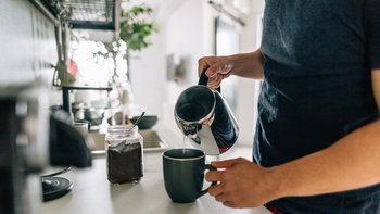 5 สิ่งที่หนุ่มๆ ควรทำเมื่อตื่นนอนตอนเช้า