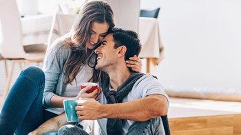 รู้จักภาษากาย เมื่อเขาหรือเธอมีใจให้กับคุณ