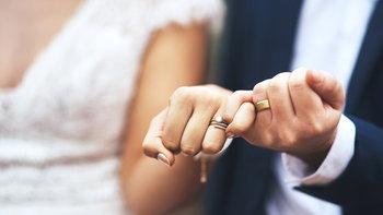 5 คุณสมบัติของแฟนสาว ที่คุณควรจะขอเธอแต่งงานได้แล้ว