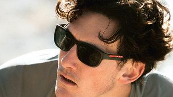 Prada Linea Rossa คอลเลคชั่นแว่นตาล่าสุดจาก Prada