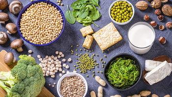 """""""โปรตีนทางเลือก"""" เทรนด์การกินที่ดีต่อสุขภาพและสิ่งแวดล้อม"""