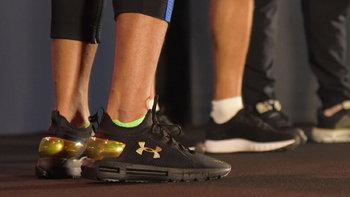 รองเท้าวิ่งเทคโนโลยี HOVR รองเท้าวิ่งฝังชิป จาก Under Armour