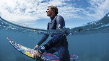 TAG Heuer เผยโฉมภาพแคมเปญโฆษณาใหม่ Aquaracer Professional 300: Beyond the Edge