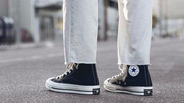 มีไว้ไม่เชย! รวมรองเท้าผ้าใบสุดคลาสสิค มีไว้ใส่ได้ทุกงาน