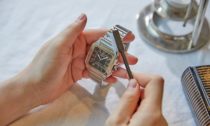 เคล็ดลับทำความสะอาดเครื่องประดับและนาฬิกาจาก คาร์เทียร์