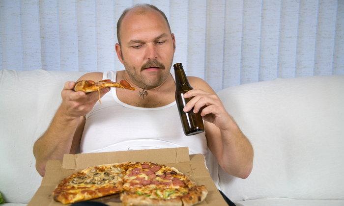 คลายสงสัย  เวลาเมาแล้วทำไมถึงชอบหิวอยู่ตลอด