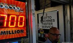 ลุ้นล็อตเตอรี Powerball ทะลุ 700 ล้านดอลลาร์-แม้โอกาสถูกแสนริบหรี่