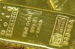 ทองตลาดโลกดิ่งเหว ร่วงแรง 140 เหรียญ รวม 2 วันร่วง 200 เหรียญ คาดส่งผลตลาดทองในปท.เปิดทำการพรุ่งนี้