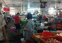 ผักสดตลาดบางเขนทรงตัวเนื้อหมูขึ้น5-10บ.