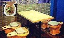 แกลลอรี่ The Magic Restroom Cafe...ร้านนี้ ดินเนอร์ในส้วม