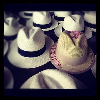 WORRA หมวกนุ่น