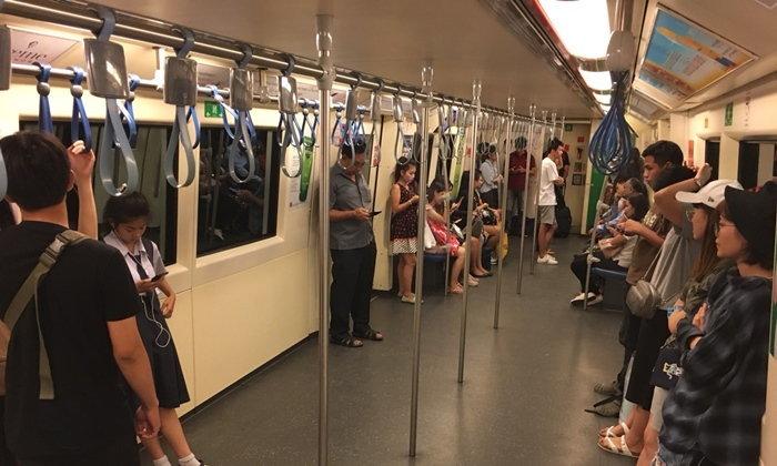 """รู้หรือยัง """"BEM"""" ถอดที่นั่งรถไฟฟ้าใต้ดินครบทุก 19 ขบวนแล้วนะ"""