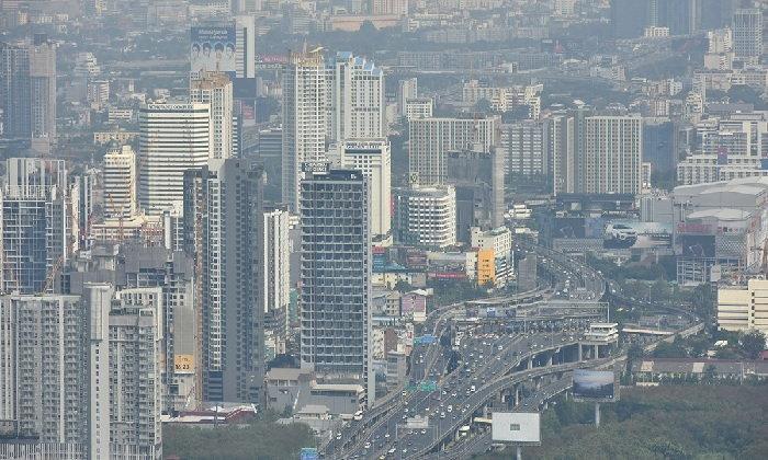 """""""ฝุ่นละออง"""" ทำเศรษฐกิจไทยสูญ 4 หมื่นล้านบาท"""