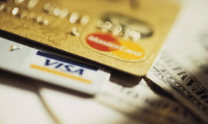 """10 สัญญาณอันตรายจาก """"หนี้บัตรเครดิต"""""""