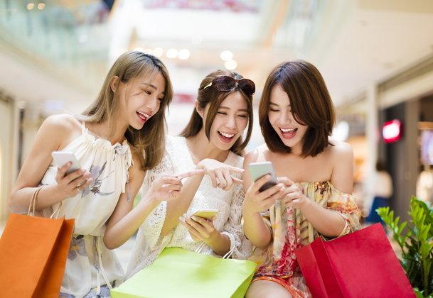 พาณิชย์ ถกผู้ผลิต-ห้าง ลดราคาสินค้าสูงสุด 80%