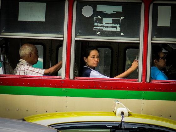 10 ข้อควรรู้ เมื่อรัฐเตรียมโขกค่ารถเมล์เพิ่ม
