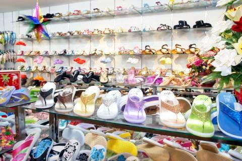 นายกฯสมาคมรองเท้าโอด!!ผู้ผลิตเกือบ3พันรายอ่วม สต็อกบวมเหตุแรงซื้อดิ่ง
