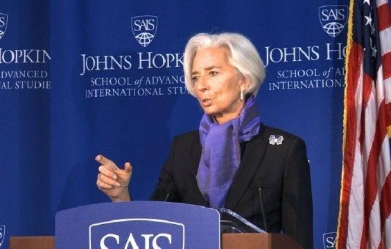 """ไอเอ็มเอฟ เตือนเศรษฐกิจโลก เจอ """"กับดัก"""" แนวโน้มทรุดต่ำ จี้ประเทศต่างๆ เร่งสร้างงาน"""
