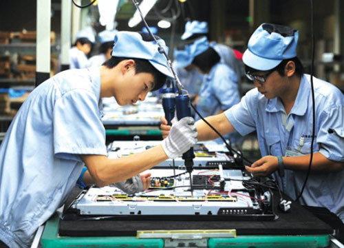 ก.แรงงานพร้อมแก้ปัญหาแรงงานไทยติดเหล้า