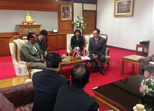 ปลัดแรงงานต้อนรับทูตพม่าถกแก้ปัญหาแรงงาน