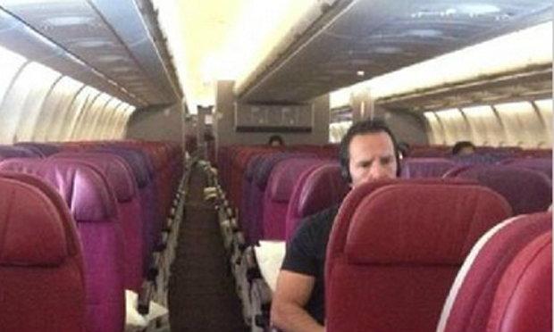 """เผยภาพ""""สุดตะลึง""""มาเลเซีย แอร์ไลนส์""""เผชิญวิกฤตศรัทธา เครื่องบินแทบไร้ผู้โดยสาร"""