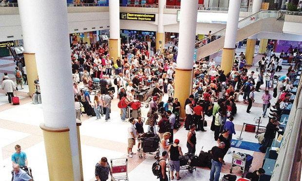 สายการบินเปิดศึกหั่นค่าตั๋ว!รับน้ำมันขาลง ไทยแอร์เอเชีย-การบินไทย ปรับโครงสร้างราคาตั๋วใหม่ปีหน้า